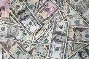 PionerProdukt / ПионерПродукт - Доллар иевро заметно дорожают наторгах. Банки отреагировали повышением курсов валют